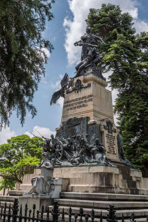 Segovia, SPAIN -  June 3: Monument to the Heroes of May 2 and homage to the captains Pedro Velarde and Luis Daoíz on the day of national independence in the gardens of the Queen Victoria Eugenia of the Alcazar of Segovia Editorial