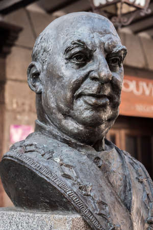 Statue in tribute to the great cook Candido Lopez Sanz, renowned character and popular city of Segovia, Spain Editorial