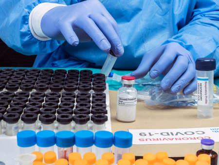 Scientist Investigates Medical Treatment for Covid-19 Coronavirus in Hospital, Spain Banco de Imagens