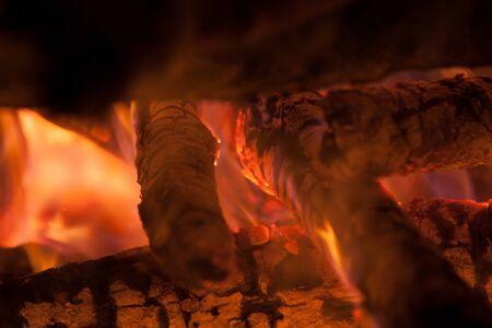 burning wood Stock Photo - 16346758