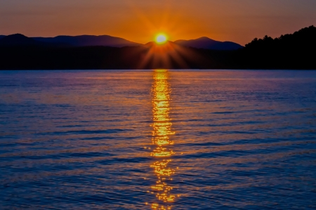 sunrise at Lake Jocassee   Upstate South Carolina Mountains photo