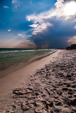 panama city beach: acqua cristallina e la spiaggia di scene a Destin e Panama City in Florida