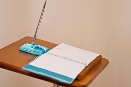 anagrafica: lista nozze libro degli ospiti con la penna