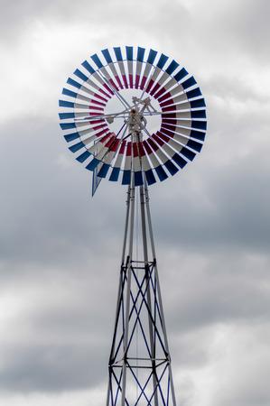 wiatrowskaz: old classic windmill vane