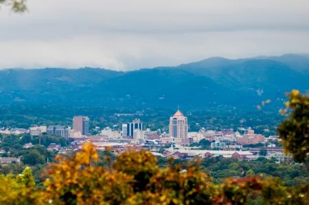 Ansicht der Stadt von Roanoke Blue Ridge Parkway Lizenzfreie Bilder