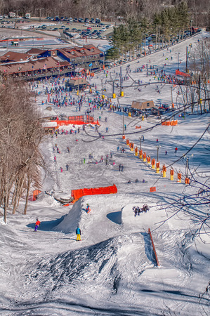 hardwoods: appalachian mountain ski resort near blowing rock