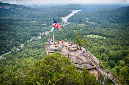 overlooking chimney rock and lake lure 報道画像