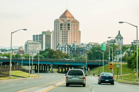 roanoke virginia city skyline