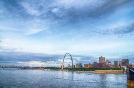 midwest usa: early morning Cityscape of St. Louis skyline in Missouri state