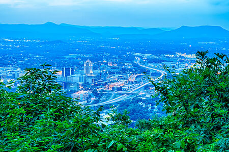 mill valley: Roanoke City as seen from Mill Mountain Star at dusk in Virginia, USA.