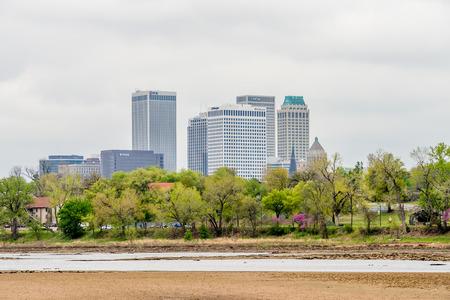 April 2015 - Stormy weather over Tulsa oklahoma Skyline 版權商用圖片
