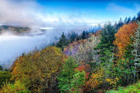 smoky mountains: autumng season in the smoky mountains