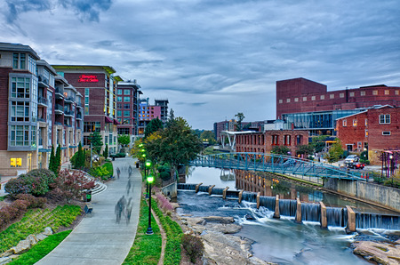 downtown of greenville south carolina around falls park 版權商用圖片