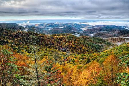 wnc: autumn foliage on blue ridge parkway near maggie valley north carolina