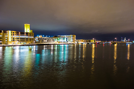 green bay wisconsin city downtown skyline at night Reklamní fotografie