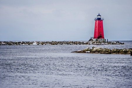 lake michigan lighthouse: Manistique East Breakwater Lighthouse on lake michigan