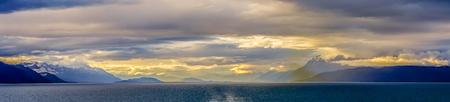 alaska nature and mountain in june at sunset Stok Fotoğraf