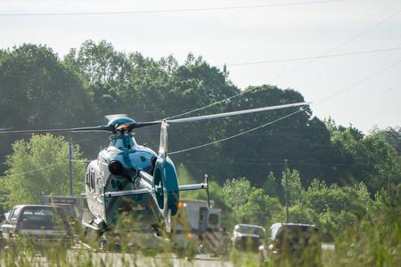 schwerer Unfall und Rettung durch Hubschraubernotfall