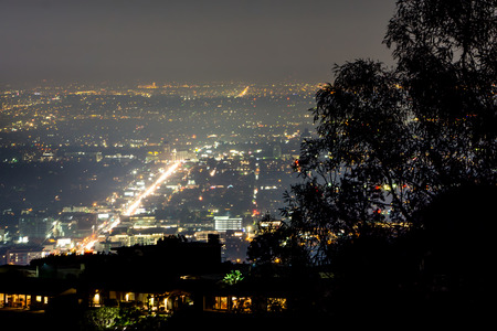 hollywood hills and valley at night near hollywood sign Banco de Imagens