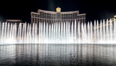 spettacolo d'acqua della fontana di fama mondiale a las vegas nevada