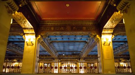 Luxury histric hotel lobby interior Publikacyjne