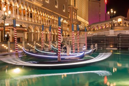 las vegas river gondolas at night Publikacyjne