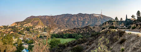 hollywood hills and surrounding landscape near los angeles Publikacyjne