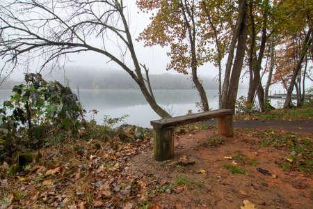 Autumn in dixie on catawba river gastonia north carolina 版權商用圖片