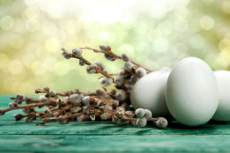 gold eggs: White eggs and catkin