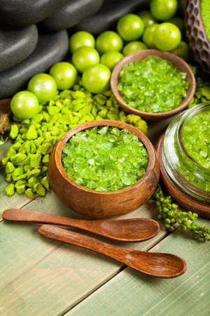 Green bath salt for aromatherapy photo