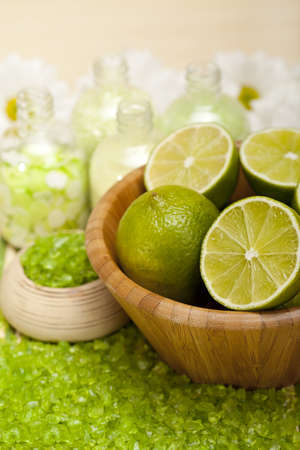 Spa supplies - Lime bath salt photo