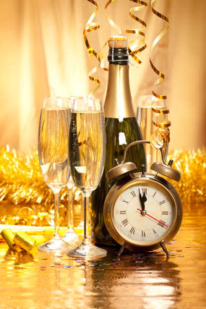 gold flute: New Year - champagne, decoration and clock face