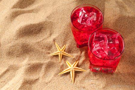 bebidas frias: Cold drinks on the beach