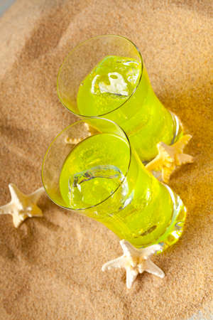 bebidas frias: Las bebidas fr�as en la playa