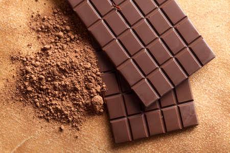 chocolatera: Chocolate y cacao Foto de archivo