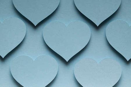 corazones azules: corazones azules sobre fondo azul