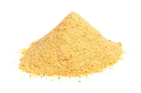 白い背景で隔離のパンくずラスク小麦粉