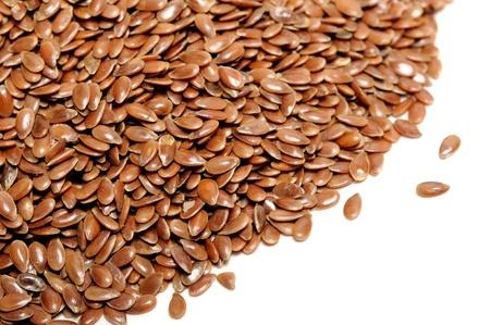 sementi: Brown Semi di lino su sfondo bianco