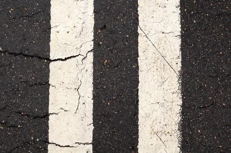 horizontal lines: Blanca Doble-Line Las marcas en carretera