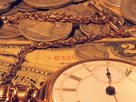 Old Watch and vintage money Time is money Imagens