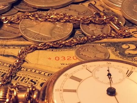 Old Watch and vintage money Time is money Zdjęcie Seryjne