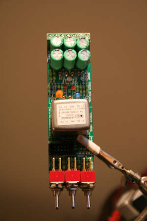 spl: Capacitors on top of PCB