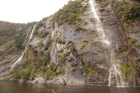 neroyfjord: Rocky escarpment in Milfordsound