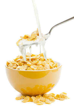 corn flakes: fresh cereal cornflakes and milk