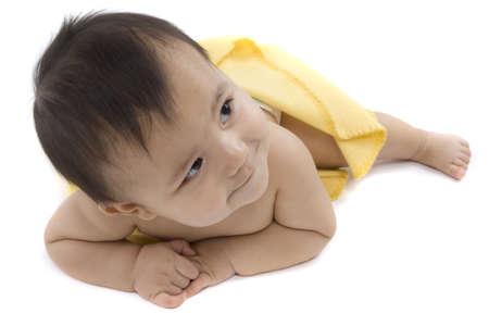 mensch: Baby mit Rechner soll die hohen Kinderkosten darstellen