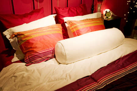 bedlinen: Bed down with bedlinen