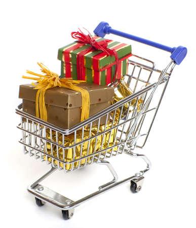 christmas budget: shopping at christmas