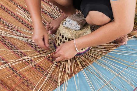 chapeau de paille: Fabrication chapeau de paille