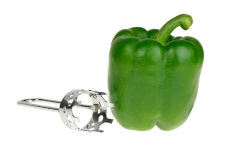 schnitzer: Paprika und Carver-Tool auf dem wei�en Hintergrund isoliert