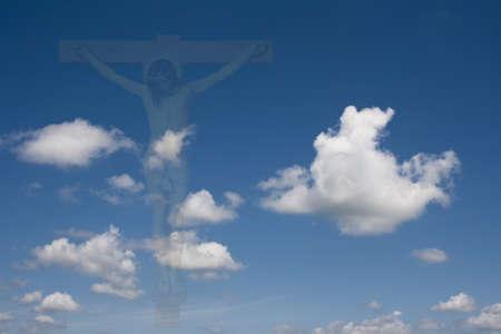 イエス ・ キリストのはりつけ、空は雲にフェージング